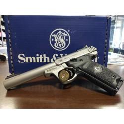 Pistolet S&W SW22